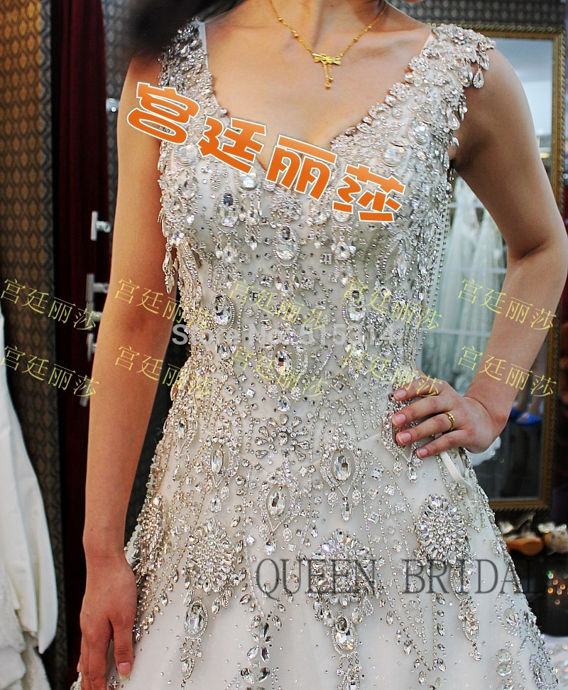 Princess Long Tail Luxury Wedding Dress Crystal Lace Applique Bride 2015 Gowns With Diamonds And Crystals C20