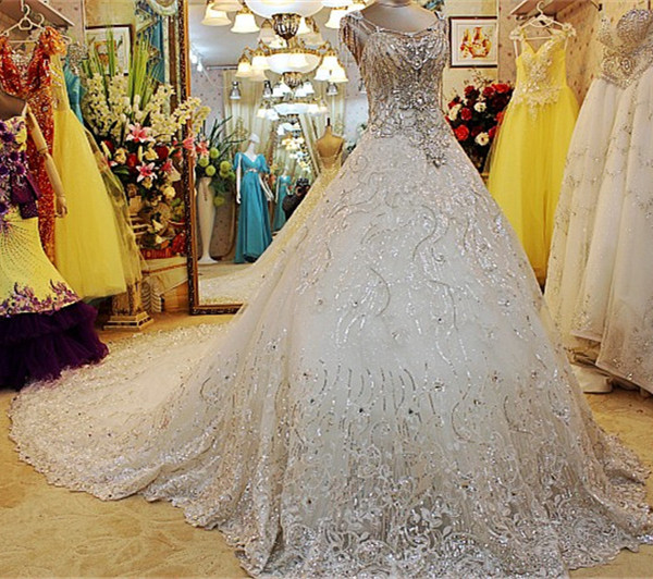 Vintage wedding dress 2015 ball gown long train heavy for Wedding dress long train